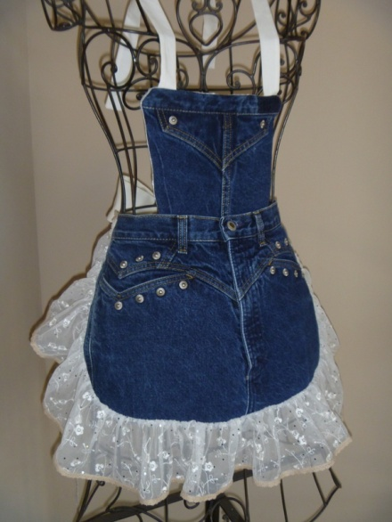 Sassy recycled jeans apron