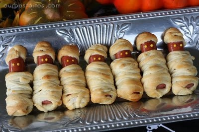 Hot dog mummies for your Halloween party from HowToConsign.org